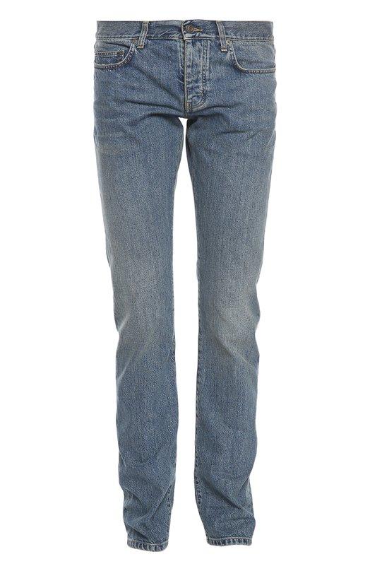 Джинсы Saint LaurentДжинсы<br>Светло-голубые зауженные джинсы с декоративными потертостями произведены из плотного и тонкого хлопка стрейч с добавлением эластичных нитей. Рекомендуем сочетать с кожаной курткой, светлым поло и ботинками челси.<br><br>Российский размер RU: 46<br>Пол: Мужской<br>Возраст: Взрослый<br>Размер производителя vendor: 31<br>Материал: Хлопок: 98%; Спандекс: 2%;<br>Цвет: Синий