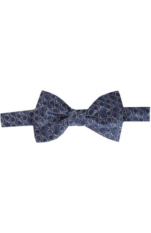 Галстук-бабочка LanvinГалстуки<br>Мастера бренда сшили темно-синий галстук-бабочку Pre-Tied из мягкого структурированного шелка с контрастным геометрическим принтом. Аксессуар классической формы Butterfly выполнен вручную. Попробуйте сочетать с белой рубашкой и костюмом темных тонов.<br><br>Пол: Мужской<br>Возраст: Взрослый<br>Размер производителя vendor: NS<br>Материал: Шелк: 100%;<br>Цвет: Темно-синий