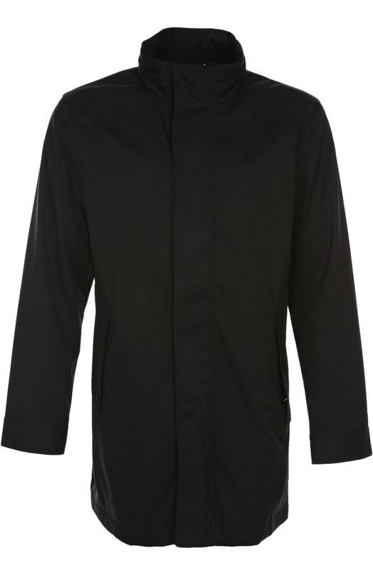 Плащ с капюшоном Armani CollezioniПальто и плащи<br>Джорджио Армани включил плащ с воротником-стойкой в коллекцию сезона весна-лето 2016 года. Модель из легкой водоотталкивающей ткани черного цвета, дополненная капюшоном, застегивается на потайные кнопки и молнию. Советуем носить с черным джемпером, темно-синими брюками и лакированными кедами.<br><br>Российский размер RU: 60<br>Пол: Мужской<br>Возраст: Взрослый<br>Размер производителя vendor: 58<br>Материал: Полиэстер: 100%; Подкладка-полиэстер: 100%;<br>Цвет: Черный