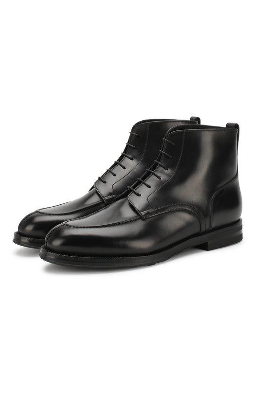 Полуботинки W.GibbsБотинки<br>Классические высокие ботинки со шнуровкой сшиты мастерами марки из гладкой и прочной кожи черного цвета. Обувь с зауженным мысом дополнена подошвой и рантом и небольшим широким каблуком. Протектор на подошве защищает от скольжения.<br><br>Российский размер RU: 45<br>Пол: Мужской<br>Возраст: Взрослый<br>Размер производителя vendor: 45<br>Материал: Кожа натуральная: 100%; Стелька-кожа: 100%; Подошва-резина: 100%; Стелька-мех натуральный: 100%;<br>Цвет: Черный