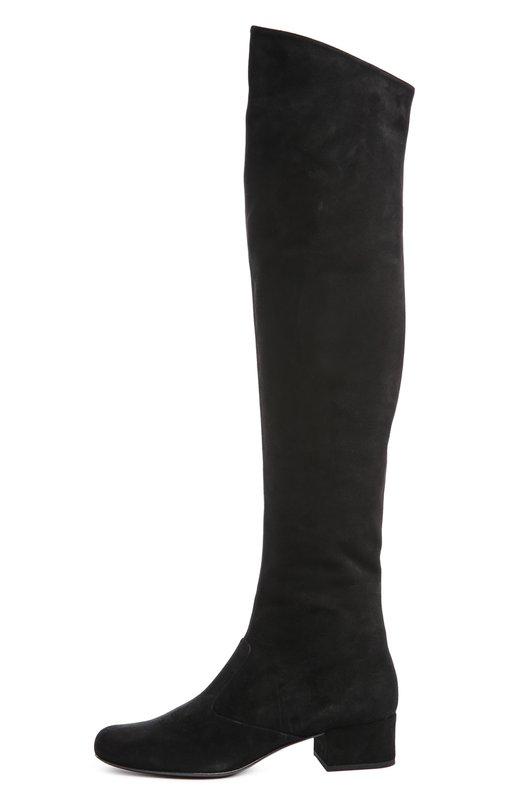 Замшевые ботфорты Babies на устойчивом каблук Saint LaurentСапоги<br>Черные ботфорты Babies с круглым мысом и на небольшом каблуке вошли в осенне-зимнюю коллекцию 2015 года. Мастера марки, основанной Ивом Сен-Лораном, произвели обувь из мягкой замши. Пара застегивается на боковую молнию.<br><br>Российский размер RU: 34<br>Пол: Женский<br>Возраст: Взрослый<br>Размер производителя vendor: 34-5<br>Материал: Стелька-кожа: 100%; Подошва-кожа: 100%; Замша натуральная: 100%;<br>Цвет: Черный