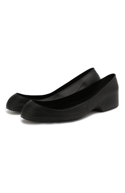 Галоши TingleyГалоши<br>Открытые калоши Commuter изготовлены из мягкой и тонкой черной резины. Шнуровка и мыс туфель остаются открытыми, поэтому обувь удобно надевать и снимать. Подошва дополнена объемным сетчатым рисунком, предотвращающим скольжение.<br><br>Российский размер RU: 42<br>Пол: Мужской<br>Возраст: Взрослый<br>Размер производителя vendor: 42-44<br>Цвет: Черный