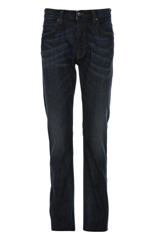 Джинсы Armani CollezioniДжинсы<br>Темно-синие джинсы прямого кроя из осенне-зимней коллекции 2015 года украшены декоративными потертостями. При создании модели мастера бренда, основанного Джорджио Армани, использовали плотный эластичный хлопок. Советуем носить с коричневой водолазкой и черными дерби.<br><br>Российский размер RU: 50<br>Пол: Мужской<br>Возраст: Взрослый<br>Размер производителя vendor: 34<br>Материал: Хлопок: 98%; Эластан: 2%;<br>Цвет: Синий