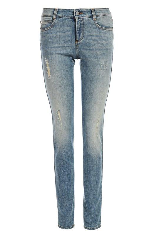Джинсы Stella McCartneyДжинсы<br>В осенне-зимнюю коллекцию бренда, основанного Стеллой Маккартни, вошли джинсы skinny с заниженной линией талии. Модель выполнена из голубого эластичного хлопка с потертостями. Рекомендуем сочетать с пуловером, пальто и туфлями на каблуке.<br><br>Российский размер RU: 46<br>Пол: Женский<br>Возраст: Взрослый<br>Размер производителя vendor: 28<br>Материал: Хлопок: 98%; Спандекс: 2%;<br>Цвет: Голубой
