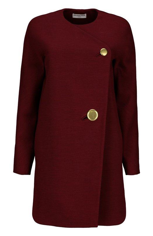 Пальто BalenciagaПальто и плащи<br>В осенне-зимнюю коллекцию бренда, основанного Кристобалем Баленсиага, вошло пальто прямого кроя без воротника. Модель из мягкой шерсти цвета бордо застегивается на две большие пуговицы. Попробуйте сочетать с укороченными брюками, ботильонами на каблуке и клатчем.<br><br>Российский размер RU: 50<br>Пол: Женский<br>Возраст: Взрослый<br>Размер производителя vendor: 44<br>Материал: Подкладка-ацетат: 72%; Подкладка-шелк: 28%; Шерсть: 100%;<br>Цвет: Бордовый