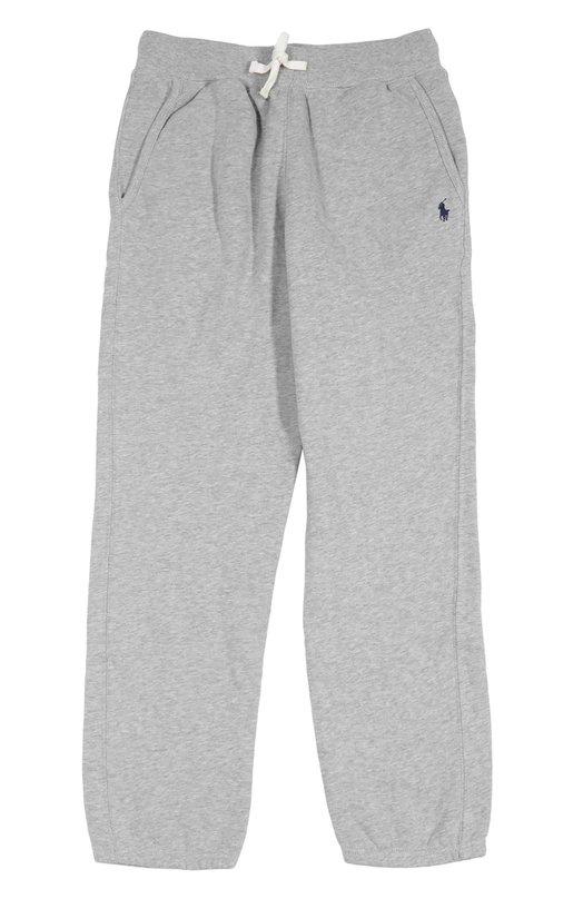 Брюки спортивные Polo Ralph LaurenСпорт<br>Серые спортивные брюки дополнены поясом-кулиской. Джоггеры с двумя врезными карманами выполнены из мягкого эластичного хлопка джерси. В качестве декора использована вышитая эмблема марки.<br><br>Российский размер RU: 40<br>Пол: Мужской<br>Возраст: Детский<br>Размер производителя vendor: L<br>Материал: Хлопок: 87%; Полиэстер: 13%;<br>Цвет: Серый