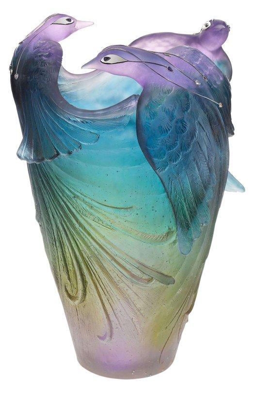 Ваза Oiseau De Paradis DaumВазы<br><br><br>Пол: Женский<br>Возраст: Взрослый<br>Размер производителя vendor: NS<br>Цвет: Бесцветный