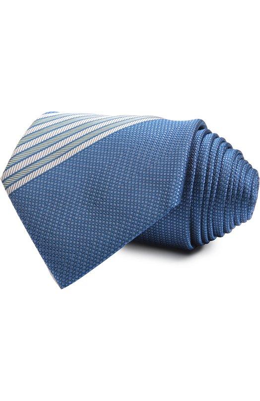 Галстук BrioniГалстуки<br>Синий галстук ручной работы вошел в коллекцию сезона весна-лето 2016 года. Аксессуар выполнен из приятного на ощупь фактурного шелка с контрастными рельефными полосами по краю. Наши стилисты рекомендуют сочетать со светлой рубашкой и однотонным костюмом.<br><br>Материал: Шелк: 100%;<br>Размер производителя vendor: NS<br>Цвет: Синий<br>Пол: Мужской<br>Возраст: Взрослый