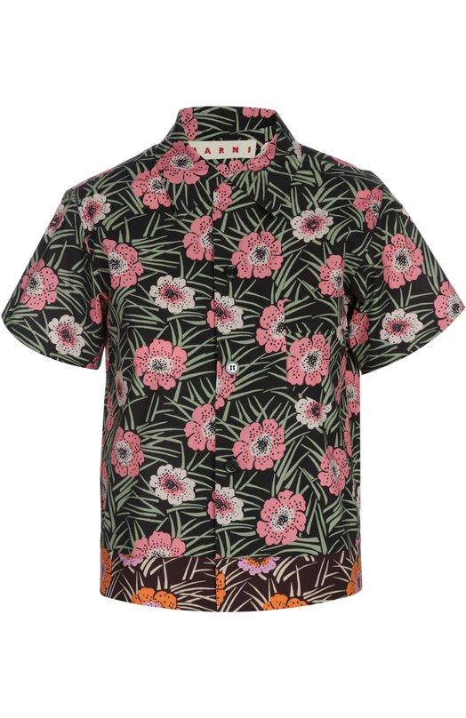 Блуза MarniБлузы<br>В весенне-летнюю коллекцию 2016 года вошла блуза прямого кроя, с короткими рукавами и отложным воротником. Модель с одним накладным карманом выполнена из мягкого дышащего хлопка с цветочным рисунком. Нам нравится сочетать с брюками в тон, черными босоножками и клатчем.<br><br>Российский размер RU: 44<br>Пол: Женский<br>Возраст: Взрослый<br>Размер производителя vendor: 42<br>Материал: Хлопок: 100%;<br>Цвет: Черный