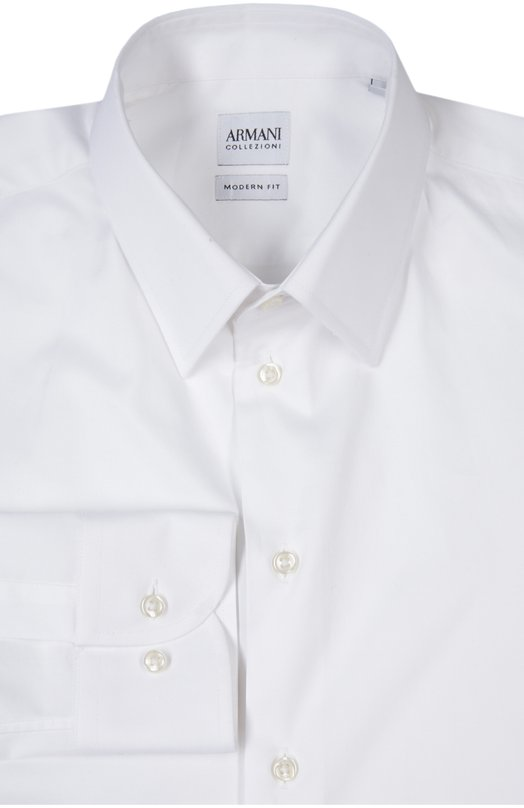 Сорочка Armani CollezioniРубашки<br>При производстве сорочки с воротником акула и итальянскими манжетами мастера бренда, основанного Джорджио Армани, выбрали эластичный хлопок белого цвета. Мы рекомендуем сочетать модель из весенне-летней колекции 2016 года с темно-синим костюмом, серебристым галстуком и оксфордами.<br><br>Российский размер RU: 42<br>Пол: Мужской<br>Возраст: Взрослый<br>Размер производителя vendor: 42<br>Материал: Эластан: 2%; Хлопок: 100%;<br>Цвет: Белый