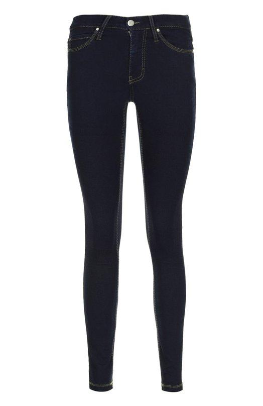Джинсы ColomboДжинсы<br>Темно-синие джинсы skinny с заниженной посадкой вошли в весенне-летнюю коллекцию бренда, основанного Луиджи Коломбо. Модель из эластичного мягкого хлопка прошита строчкой коричневого цвета. Нам нравится сочетать с красным свитером, клетчатым пончо и высокими сапогами на каблуке.<br><br>Российский размер RU: 48<br>Пол: Женский<br>Возраст: Взрослый<br>Размер производителя vendor: 46<br>Материал: Хлопок: 65%; Эластан: 4%; Полиэстер: 31%;<br>Цвет: Темно-синий