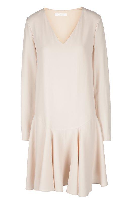 Платье Chlo?Платья<br>Платье вошло в весенне-летнюю коллекцию 2016 года. Модель с длинным рукавом и V-образным вырезом сшита из мягкой ткани светло-розового цвета. Советуем сочетать с бежевыми босоножками на высоком каблуке.<br><br>Российский размер RU: 50<br>Пол: Женский<br>Возраст: Взрослый<br>Размер производителя vendor: 44<br>Материал: Ацетат: 51%; Вискоза: 49%; Подкладка-шелк: 100%;<br>Цвет: Светло-розовый