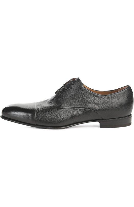 Туфли BarrettТуфли<br>Дизайнер марки включил черные дерби с зауженным мысом и на небольшом каблуке в весенне-летнюю коллекцию 2016 года. Мастера марки, основанной Джоном Ричардсоном Барретом, произвели обувь из комбинации мягкой полированной и матовой зернистой кожи.<br><br>Российский размер RU: 40<br>Пол: Мужской<br>Возраст: Взрослый<br>Размер производителя vendor: 6<br>Материал: Кожа натуральная: 100%; Стелька-кожа: 100%; Подошва-кожа: 100%; Подошва-резина: 100%;<br>Цвет: Черный