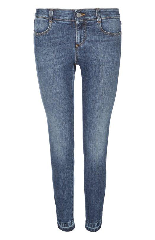 Джинсы Stella McCartneyДжинсы<br>Стелла Маккартни включила в коллекцию сезона весна-лето 2016 года синие джинсы skinny с заниженной посадкой. Модель сшита из эластичного органического хлопка с едва заметными потертостями. Нам нравится сочетать с черным топом и белыми монками.<br><br>Российский размер RU: 50<br>Пол: Женский<br>Возраст: Взрослый<br>Размер производителя vendor: 30<br>Материал: Хлопок: 98%; Эластан: 2%;<br>Цвет: Синий