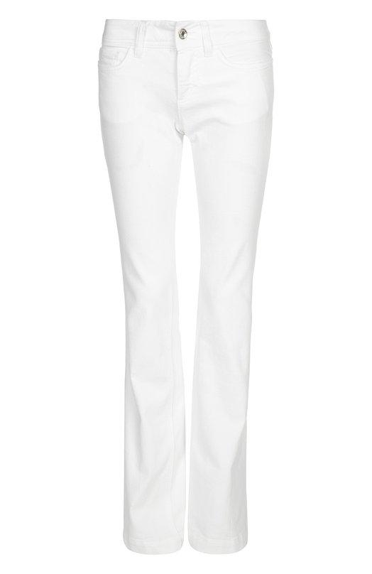 Джинсы Dolce &amp; GabbanaДжинсы<br>Доменико Дольче и Стефано Габбана включили в коллекцию сезона весна-лето 2016 года джинсы белого цвета. Модель сшита из белого хлопка с добавлением нитей эластана. Попробуйте носить с яркой туникой и лакированными сандалиями.<br><br>Российский размер RU: 48<br>Пол: Женский<br>Возраст: Взрослый<br>Размер производителя vendor: 46<br>Материал: Хлопок: 98%; Эластан: 2%;<br>Цвет: Белый