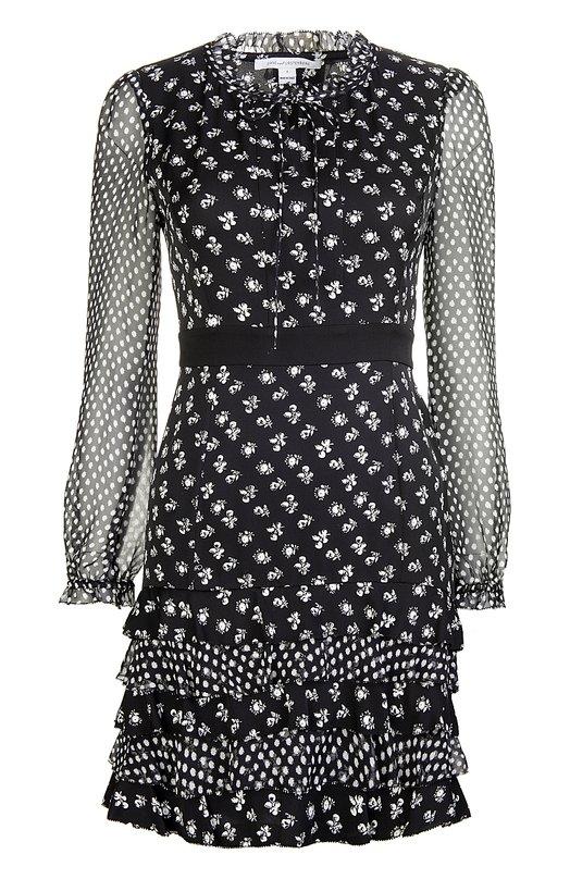 Платье Diane Von FurstenbergПлатья<br>Короткое приталенное платье Fiona с длинными шифоновыми рукавами выполнено из фактурного черного шелка с контрастным цветочным принтом. Воротник, подол и манжеты дополнены оборками. Модель вошла в весенне-летнюю коллекцию бренда, основанного Дианой фон Фюстенберг.<br><br>Российский размер RU: 40<br>Пол: Женский<br>Возраст: Взрослый<br>Размер производителя vendor: 2<br>Материал: Шелк: 95%; Эластан: 5%; Отделка-шелк: 100%;<br>Цвет: Черно-белый
