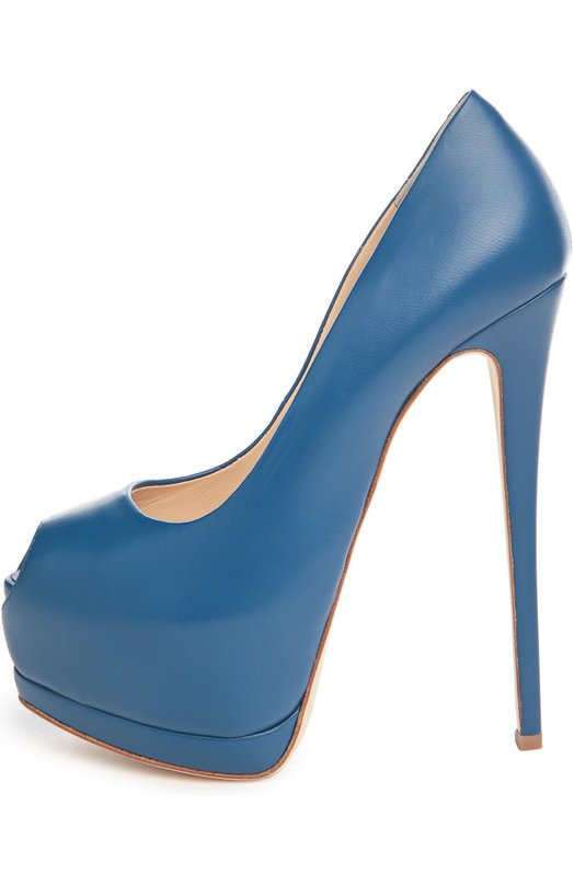 Кожаные туфли Sharon Giuseppe Zanotti DesignТуфли<br>В весенне-летнюю коллекцию бренда, основанного Джузеппе Занотти, вошла модель Sharon на высоком тонком каблуке и скрытой платформе. При производстве туфель с открытым мысом была использована мягкая матовая кожа синего цвета.<br><br>Российский размер RU: 35<br>Пол: Женский<br>Возраст: Взрослый<br>Размер производителя vendor: 35<br>Материал: Кожа натуральная: 100%; Стелька-кожа: 100%; Подошва-кожа: 100%;<br>Цвет: Синий