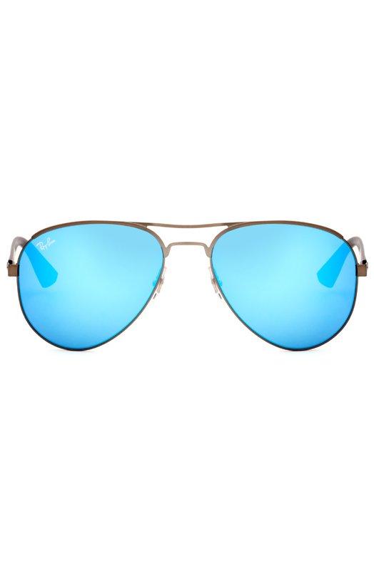 Солнцезащитные очки Ray-BanОчки<br>Оправа, изготовленная из легкого матового металла, дополнена дужками из темно-синего непрозрачного пластика с выгравированным логотипом марки. Солнцезащитные очки Aviator вошли в коллекцию сезона весна-лето 2016 года.<br><br>Пол: Женский<br>Возраст: Взрослый<br>Размер производителя vendor: NS<br>Цвет: Синий