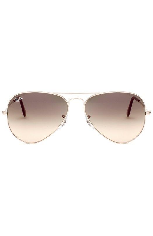 Солнцезащитные очки Ray-BanОчки<br>Солнцезащитные очки Aviator Gradient вошли в весенне-летнюю коллекцию 2016 года. Оправа произведена из легкого полированного металла. Дужки дополнены заушниками из черного непрозрачного пластика.<br><br>Пол: Женский<br>Возраст: Взрослый<br>Размер производителя vendor: NS<br>Цвет: Бесцветный