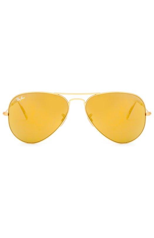 Солнцезащитные очки Ray-BanОчки<br>Солнцезащитные очки дополнены золотистыми зеркальными флеш-линзами из ультратонкого минерального стекла. Оправа авиаторов выполнена из прочной стали с матовым покрытием в тон линз. На дужках –  прозрачные мягкие заушники.<br><br>Пол: Женский<br>Возраст: Взрослый<br>Размер производителя vendor: NS<br>Цвет: Золотой