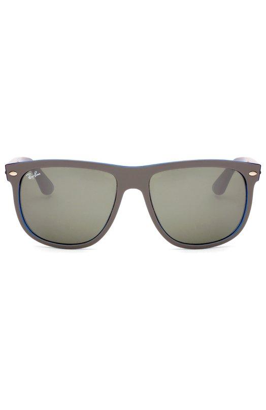 Солнцезащитные очки Ray-BanОчки<br>Солнцезащитные очки Wayfarer вошли в весенне-летнюю коллекцию 2016 года. Для создания оправы квадратной формы использован легкий прочный пластик двух цветов: серого и синего. Дужка украшена позолоченным логотипом марки.<br><br>Пол: Женский<br>Возраст: Взрослый<br>Размер производителя vendor: NS<br>Цвет: Бесцветный