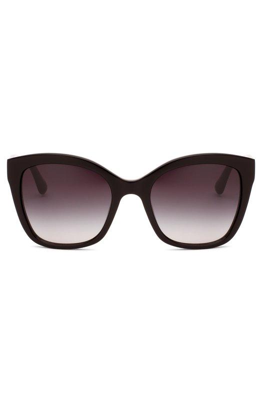 Солнцезащитные очки Dolce &amp; GabbanaОчки<br>Доменико Дольче и Стефано Габбана включили солнцезащитные очки с градиентными стеклами в весенне-летнюю коллекцию 2016 года. Оправа и широкие дужки выполнены из прочного матового пластика черного цвета.<br><br>Пол: Женский<br>Возраст: Взрослый<br>Размер производителя vendor: NS<br>Цвет: Черный