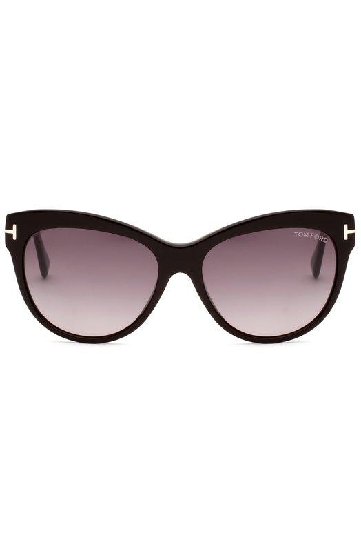Солнцезащитные очки Tom FordОчки<br>Том Форд дополнил солнцезащитные очки Lily, изготовленные из прочного легкого ацетата, градиентными коричневыми стеклами с максимальной степенью затемнения. Внешняя часть оправы формы cat eye выполнена в черном цвете, на внутреннюю сторону и широкие дужки нанесен принт в тонкую частую полоску.<br><br>Пол: Женский<br>Возраст: Взрослый<br>Размер производителя vendor: NS<br>Цвет: Черный
