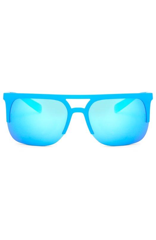 Солнцезащитные очки Dolce &amp; GabbanaОчки<br>В весенне-летнюю коллекцию 2016 года вошли солнцезащитные очки в голубой оправе из прорезиненного пластика. Модель дополнена цветными ударопрочными линзами с высокой степенью защиты от УФ-лучей. Дужки украшены позолоченным логотипом бренда, основанного Доменико Дольче и Стефано Габбана.<br><br>Пол: Мужской<br>Возраст: Взрослый<br>Размер производителя vendor: NS<br>Цвет: Бесцветный