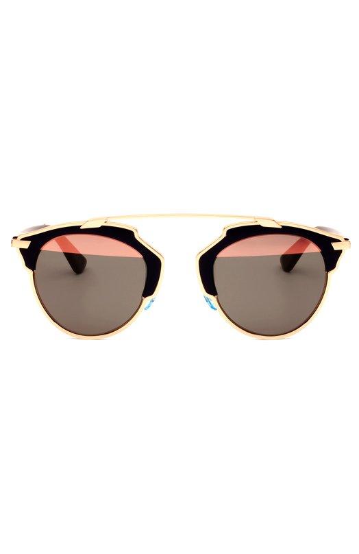 Солнцезащитные очки DiorОчки<br>В весенне-летнюю коллекцию марки, основанной Кристианом Диором, вошли солнцезащитные очки So Real. Легкая оправа и тонкие дужки выполнены из ацетата черного цвета и позолоченного металла. Затемненные стекла дополнены широкой полосой с зеркальным покрытием.<br><br>Пол: Женский<br>Возраст: Взрослый<br>Размер производителя vendor: NS<br>Цвет: Черный