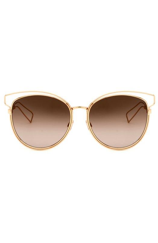 Солнцезащитные очки DiorОчки<br>В коллекцию сезона весна-лето 2016 года вошли солнцезащитные очки с затемненными линзами. Мастера марки, основанной Кристианом Диором, выполнили модель Technologic, дополненную тонкими дужками, из позолоченного металла.<br><br>Пол: Женский<br>Возраст: Взрослый<br>Размер производителя vendor: NS<br>Цвет: Золотой