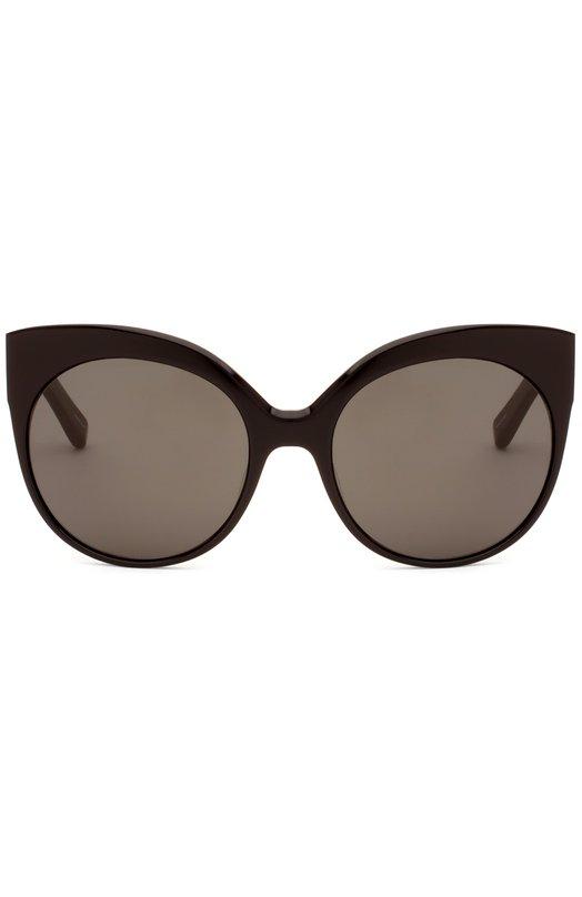 Солнцезащитные очки Linda FarrowОчки<br>В весенне-летнюю коллекцию бренда, основанного Линдой Фэрроу, вошли солнцезащитные очки cat eye с темными круглыми стеклами. Оправа выполнена из черного пластика. Дужки декорированы фигурными вставками из позолоченного металла.<br><br>Пол: Женский<br>Возраст: Взрослый<br>Размер производителя vendor: NS<br>Цвет: Бесцветный