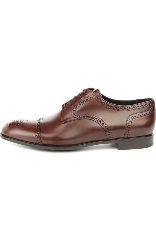 Туфли Giorgio ArmaniТуфли<br>Броги на тонкой подошве и невысоком наборном каблуке вошли в весенне-летнюю коллекцию бренда, основанного Джорджио Армани. Туфли выполнены из гладкой матовой кожи светло-коричневого цвета. Зауженный мыс и швы дополнены декоративной перфорацией.<br><br>Российский размер RU: 43<br>Пол: Мужской<br>Возраст: Взрослый<br>Размер производителя vendor: 9<br>Материал: Кожа натуральная: 100%; Стелька-кожа: 100%; Подошва-резина: 100%;<br>Цвет: Светло-коричневый