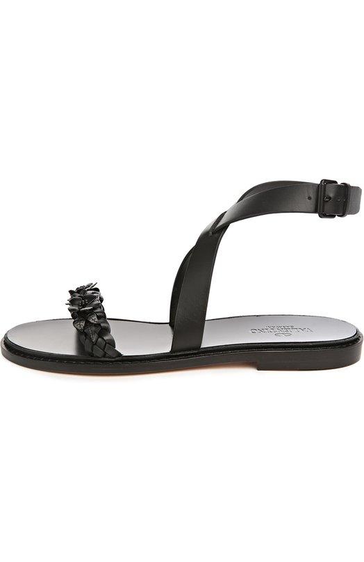 Кожаные сандалии Garden Party с аппликациями ValentinoСандалии<br>В коллекцию сезона весна-лето 2016 года вошли черные сандалии Garden Party из гладкой матовой кожи. Дизайнеры марки, основанной Валентино Гаравани, украсили модель металлической аппликацией в виде небольших цветов в тон. Обувь фиксируется на ноге с помощью перекрещивающегося ремешка.<br><br>Российский размер RU: 39<br>Пол: Женский<br>Возраст: Взрослый<br>Размер производителя vendor: 39-5<br>Материал: Кожа натуральная: 100%; Стелька-кожа: 100%; Подошва-кожа: 100%;<br>Цвет: Черный
