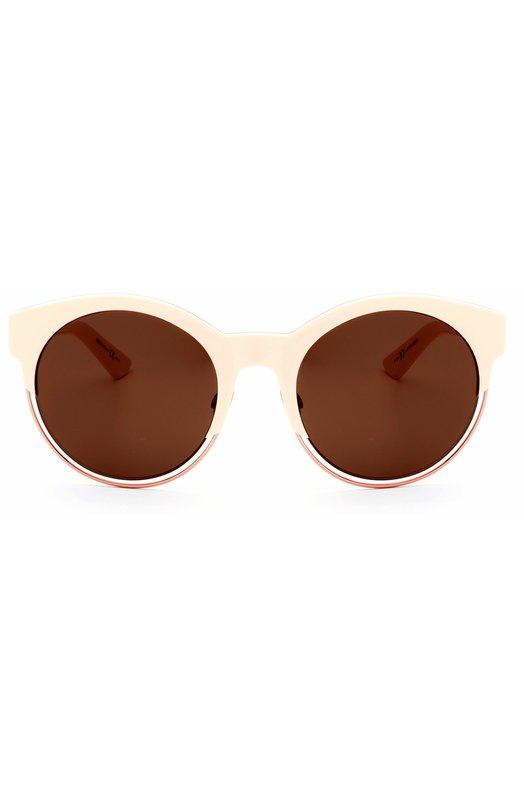 Солнцезащитные очки DiorОчки<br>Солнцезащитные очки Dior Sideral в розовой пластиковой оправе с металлическим ободком дополнены коричневыми ультратонкими линзами с максимальной степенью затемнения. Дужки украшены позолоченным логотипом бренда, основанного Кристианом Диором.<br><br>Пол: Женский<br>Возраст: Взрослый<br>Размер производителя vendor: NS<br>Цвет: Бесцветный