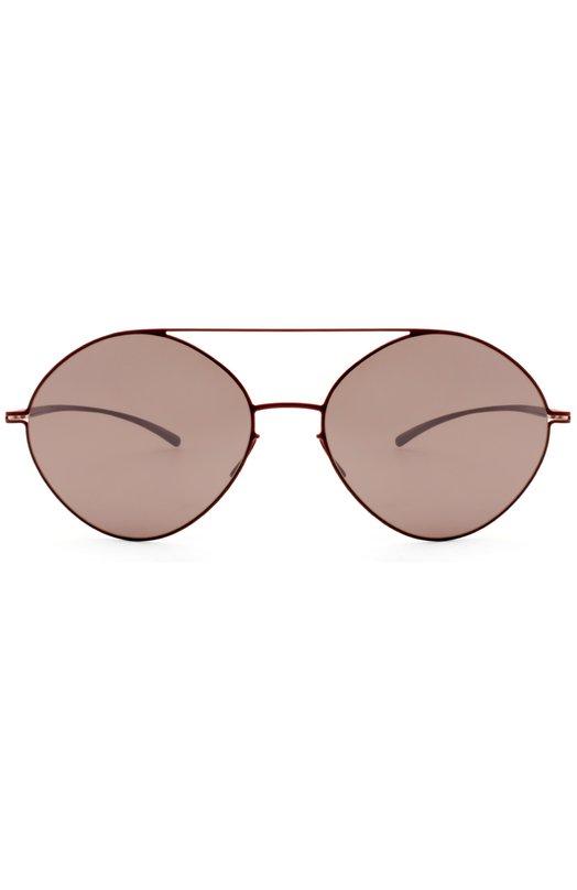 Солнцезащитные очки Maison MargielaОчки<br>Обновленная версия солнцезащитных очков из тонкого металла с красным напылением создана мастерами марки, основанной Мартином Маржелой, в сотрудничестве с брендом Mykita. Модель Essential дополнена устойчивыми к царапинам минеральными стеклами темно-фиолетового цвета.<br><br>Пол: Женский<br>Возраст: Взрослый<br>Размер производителя vendor: NS<br>Цвет: Темно-фиолетовый