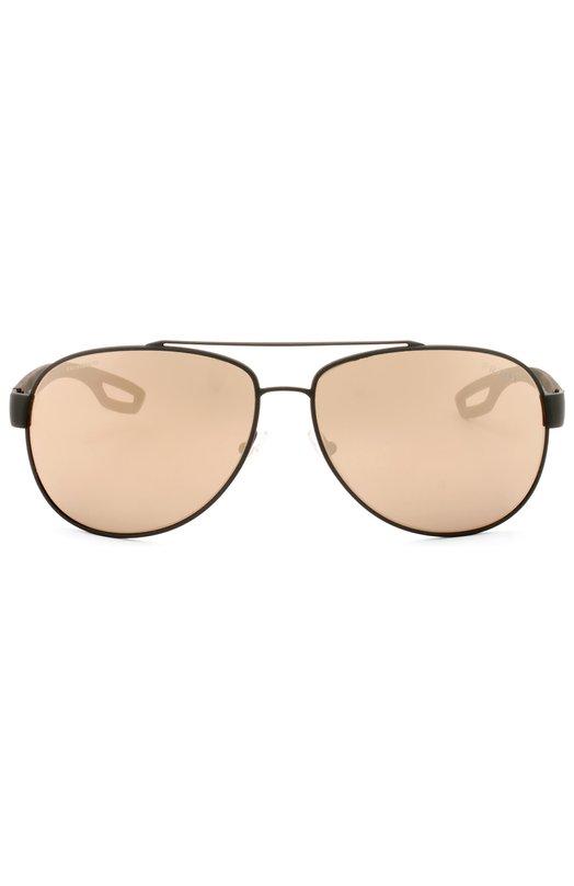 Солнцезащитные очки PradaОчки<br>Солнцезащитные очки с зеркальными светло-коричневыми линзами изготовлены из тонкого металла цвета Olive Green Rubber. Дужки декорированы красной вставкой с логотипом бренда, основанного Марио иМартино Прада.<br><br>Пол: Мужской<br>Возраст: Взрослый<br>Размер производителя vendor: NS<br>Цвет: Бесцветный