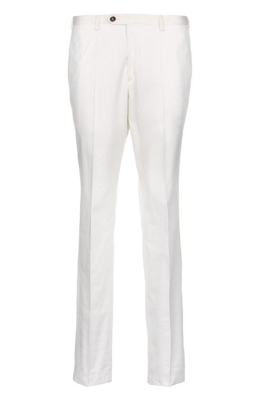 Классические брюки BaldessariniБрюки<br>Обновленная версия классических брюк со стрелками вошла в весенне-летнюю коллекцию бренда, основанного Вернером Балдессарини. Модель прямого кроя сшита из мягкого хлопка белого цвета. Изделие с четырьмя карманами застегивается на молнию и пуговицу.<br><br>Российский размер RU: 52<br>Пол: Мужской<br>Возраст: Взрослый<br>Размер производителя vendor: 50<br>Материал: Хлопок: 100%;<br>Цвет: Белый