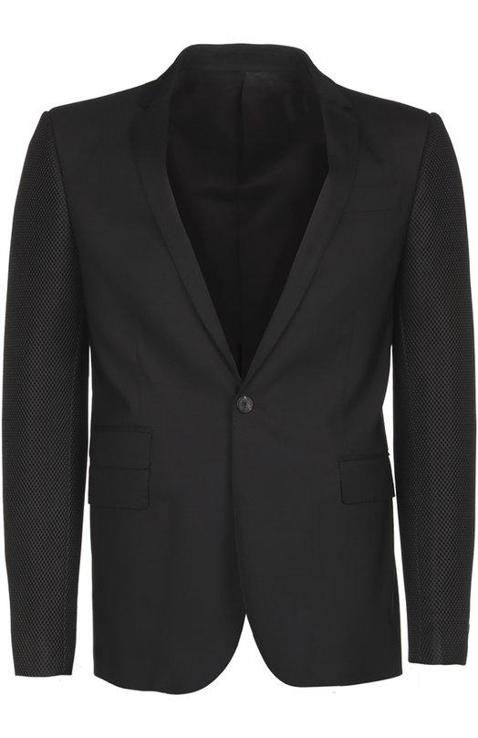 Пиджак Les HommesПиджаки<br>В весенне-летнюю коллекцию 2016 года вошел черный блейзер с узкими лацканами и тремя прорезными карманами, дополненными широкими клапанами. Мастера марки создали модель из мягкой эластичной костюмной шерсти, рукава – из мембранного нейлона.<br><br>Пол: Мужской<br>Возраст: Взрослый<br>Размер производителя vendor: 48<br>Материал: Шерсть: 97%; Лайкра: 3%; Полиэстер: 100%; Подкладка-вискоза: 100%;<br>Цвет: Черный