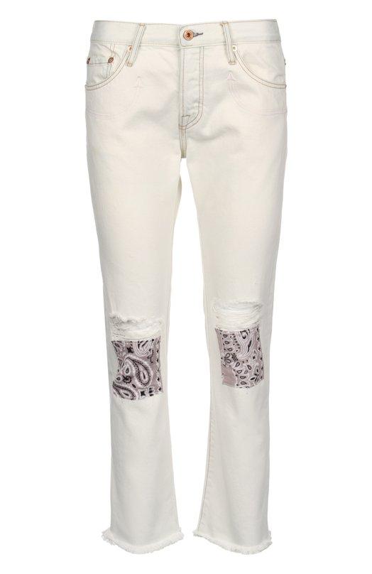 Джинсы NSFДжинсы<br>В весенне-летнюю коллекцию 2016 года вошла укороченная модель сlassic fit. Белые джинсы украшены вышивкой в тон, небольшими потертостями и контрастными крупными заплатками с принтом пейсли. Для производства изделия был использован мягкий хлопок.<br><br>Российский размер RU: 42<br>Пол: Женский<br>Возраст: Взрослый<br>Размер производителя vendor: 27<br>Материал: Хлопок: 100%;<br>Цвет: Белый