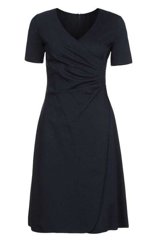 Расклешенное платье с V-образным вырезом Armani CollezioniПлатья<br>Темно-синее платье с короткими рукавами и V-образным вырезом вошло в весенне-летнюю коллекцию бренда, основанного Джорджио Армани. Модель с расклешенным подолом и небольшой драпировкой на талии выполнена из мягкого вискозного джерси. Изделие застегивается сзади на молнию.<br><br>Российский размер RU: 42<br>Пол: Женский<br>Возраст: Взрослый<br>Размер производителя vendor: 40<br>Материал: Вискоза: 77%; Эластан: 6%; Полиамид: 17%;<br>Цвет: Темно-синий