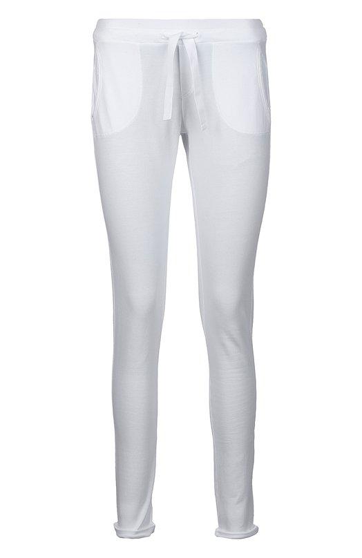 Спортивные брюки джерси DehaСпорт<br>Белые спортивные брюки вошли в коллекцию сезона весна-лето 2016 года. Облегающая модель с двумя боковыми и двумя задними карманами сшита из мягкого тонкого хлопка стрейч. Ширину пояса регулирует шнурок, подетый в кулиску.<br><br>Российский размер RU: 44<br>Пол: Женский<br>Возраст: Взрослый<br>Размер производителя vendor: M<br>Материал: Хлопок: 96%; Эластан: 4%;<br>Цвет: Белый