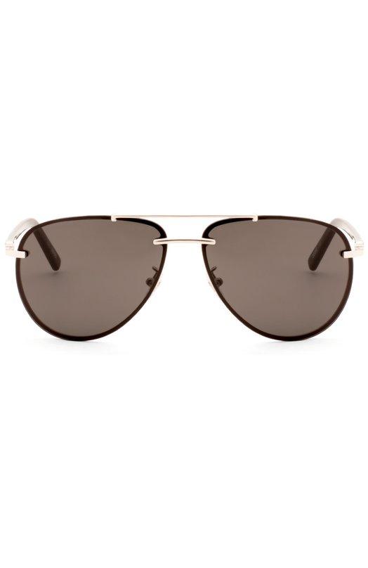 Солнцезащитные очки MontblancОчки<br>Для изготовления солнцезащитных очков мастера марки использовали оправу из легкого металла серебристого цвета. Авиаторы с поляризованными темно-серыми линзами дополнены дужками из полированного ацетата в тон.<br><br>Пол: Мужской<br>Возраст: Взрослый<br>Размер производителя vendor: NS<br>Цвет: Бесцветный