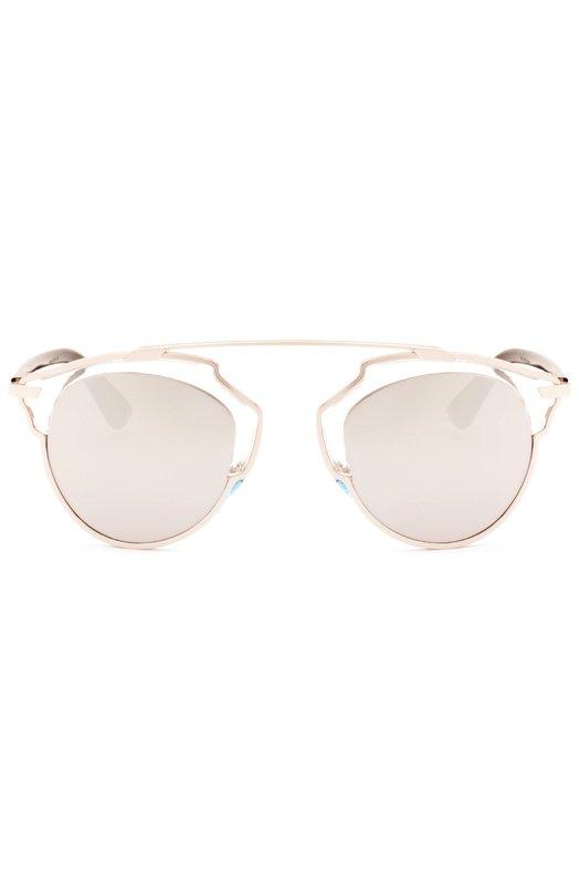 Солнцезащитные очки DiorОчки<br>Солнцезащитные очки So Real в фигурной оправе из прозрачного ацетата и позолоченной стали дополнены темными пластиковыми дужками и мягкими носоупорами. Тонкие зеркальные линзы обеспечивают 100% защиты от УФ-лучей.<br><br>Пол: Женский<br>Возраст: Взрослый<br>Размер производителя vendor: NS<br>Цвет: Серый