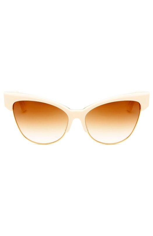 Солнцезащитные очки DitaОчки<br>Солнцезащитные очки Temptation дополнены градиентными стеклами. Для изготовления модели cat eye использован прочный пластик бежевого цвета и полированный позолоченный титан. Широкие дужки декорированы выгравированным узором, имитирующим кожу крокодила.<br><br>Пол: Женский<br>Возраст: Взрослый<br>Размер производителя vendor: NS<br>Цвет: Бежевый