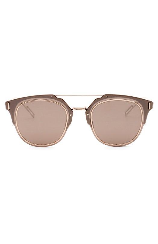 Солнцезащитные очки DiorОчки<br>Солнцезащитные очки Dior Composit 1.0 дополнены зеркальными линзами. Оправа с двойным мостом изготовлена из сверхлегкого полированного металла и прочного коричневого пластика. Носоупоры украшены выгравированным логотипом бренда, основанного Кристианом Диором.<br><br>Пол: Женский<br>Возраст: Взрослый<br>Размер производителя vendor: NS<br>Цвет: Бесцветный