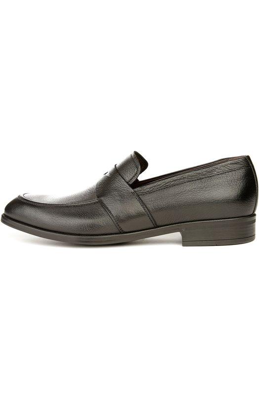 Лоферы Ermenegildo ZegnaЛоферы<br>Для производства обуви на невысоком квадратном каблуке мастера бренда, основанного Эрменеджильдо Зенья, использовали матовую зернистую кожу черного цвета. Пенни-лоферы с зауженным мысом украшены широкой перемычкой с прорезью, характерной для такой модели.<br><br>Российский размер RU: 41<br>Пол: Мужской<br>Возраст: Взрослый<br>Размер производителя vendor: 7<br>Материал: Кожа натуральная: 100%; Стелька-кожа: 100%; Подошва-резина: 100%;<br>Цвет: Черный