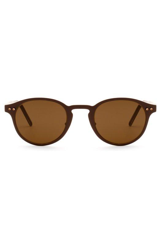 Солнцезащитные очки MontblancОчки<br>Для производства оправы использован прочный пластик темно-коричневого цвета. Солнцезащитные очки дополнены тонированными коричневыми стеклами. Дужки из матового металла цвета красного золота декорированы выгравированным логотипом бренда.<br><br>Пол: Женский<br>Возраст: Взрослый<br>Размер производителя vendor: NS<br>Цвет: Темно-коричневый