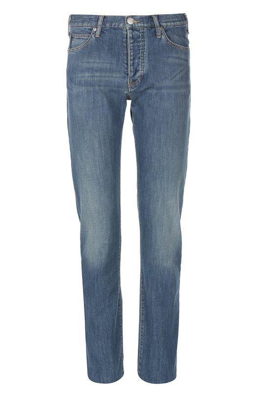 Джинсы Armani JeansДжинсы<br>В коллекцию сезона весна-лето 2016 года вошли синие джинсы. Модель из эластичного хлопка прошита коричневой строчкой. Пояс со шлевками для широкого ремня дополнен кожаной нашивкой с логотипом марки, основанной Джорджио Армани. Рекомендуем носить с темным джемпером и белыми кедами.<br><br>Российский размер RU: 44<br>Пол: Мужской<br>Возраст: Взрослый<br>Размер производителя vendor: 29<br>Материал: Хлопок: 98%; Эластан: 2%;<br>Цвет: Синий