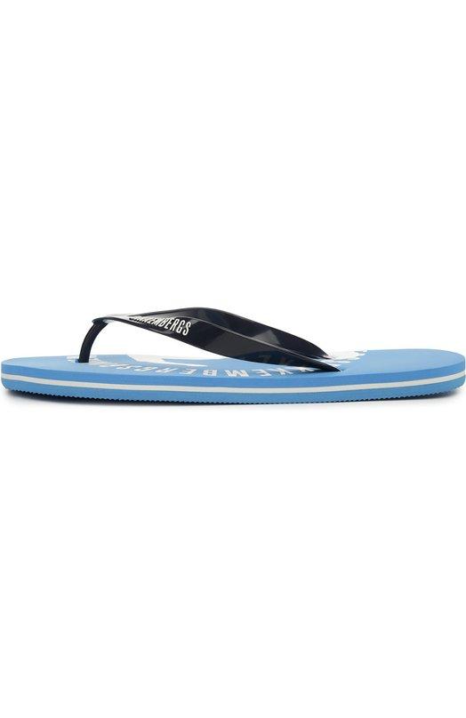 Пляжные шлепанцы Dirk BikkembergsШлепанцы<br>Ультралегкие голубые шлепанцы на легкой гибкой подошве из вспененной резины вошли в коллекцию сезона весна-лето 2016 года. Узкие каучуковые ремешки, фиксирующие модель на ноге, украшены тисненным логотипом бренда, основанного Дирком Биккембергсом.<br><br>Российский размер RU: 42<br>Пол: Мужской<br>Возраст: Взрослый<br>Размер производителя vendor: 42<br>Материал: Подошва-резина: 100%; Резина: 100%; Стелька-резина: 100%;<br>Цвет: Голубой