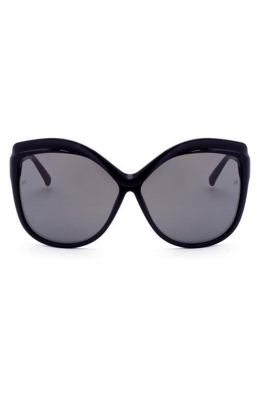 Солнцезащитные очки Linda FarrowОчки<br>Оправа изготовлена мастерами бренда, основанного Линдой Фэрроу, из прочного легкого пластика черного цвета. Солнцезащитные очки, собранные вручную, дополнены зеркальными стеклами серого цвета. Дужки украшены небольшими золотистыми заклепками.<br><br>Пол: Женский<br>Возраст: Взрослый<br>Размер производителя vendor: NS<br>Цвет: Черный